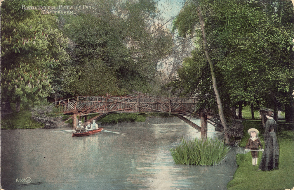 Three men and a colourful rustic bridge (1908)