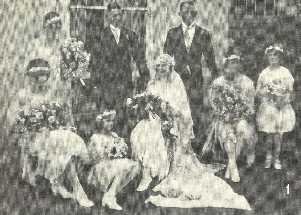 A typical 1920s society wedding for Elsie Grant<br><small><i>Cheltenham Chronicle and Gloucestershire Graphic</i> 13 June 1925</small>